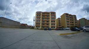 Apartamento En Ventaen Municipio San Diego, Monteserino, Venezuela, VE RAH: 19-13464