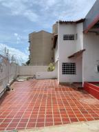 Casa En Alquileren Maracaibo, Monte Claro, Venezuela, VE RAH: 19-13688