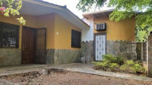 Casa En Ventaen Municipio San Diego, La Esmeralda, Venezuela, VE RAH: 19-13580