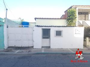 Casa En Ventaen Maracay, Piñonal, Venezuela, VE RAH: 19-13538