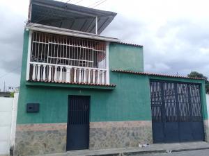 Casa En Ventaen Maracay, La Morita, Venezuela, VE RAH: 19-13565