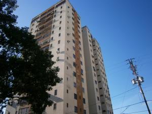 Apartamento En Ventaen Municipio Naguanagua, Los Guayabitos, Venezuela, VE RAH: 19-13611