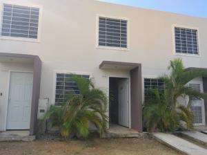 Casa En Ventaen Yaritagua, Municipio Peña, Venezuela, VE RAH: 19-13639