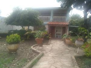 Casa En Ventaen Barquisimeto, Parroquia El Cuji, Venezuela, VE RAH: 19-13672