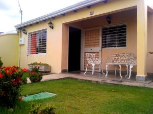 Casa En Ventaen Cabudare, La Piedad Norte, Venezuela, VE RAH: 19-13676