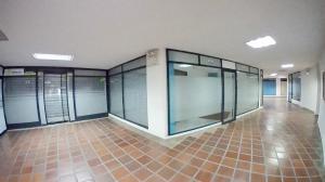 Local Comercial En Ventaen Barquisimeto, Parroquia Santa Rosa, Venezuela, VE RAH: 19-13602