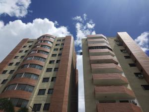 Apartamento En Ventaen Valencia, Prebo I, Venezuela, VE RAH: 19-13980