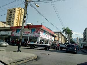 Local Comercial En Ventaen Maracay, El Centro, Venezuela, VE RAH: 19-13864