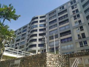 Apartamento En Ventaen Parroquia Caraballeda, Caribe, Venezuela, VE RAH: 19-13941