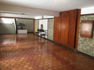 Apartamento En Ventaen Caracas, Colinas De Bello Monte, Venezuela, VE RAH: 19-13983