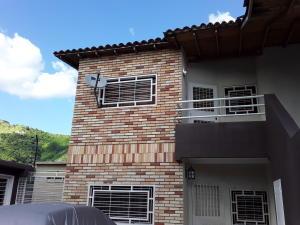 Apartamento En Ventaen Turmero, San Pablo, Venezuela, VE RAH: 19-13975