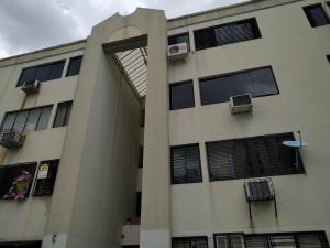 Apartamento En Ventaen Valencia, Agua Blanca, Venezuela, VE RAH: 19-13997