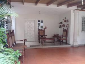 Casa En Ventaen Maracay, El Limon, Venezuela, VE RAH: 19-14025