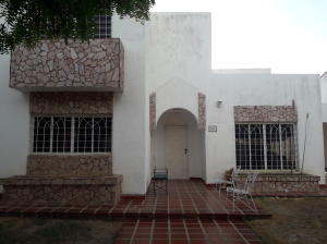 Townhouse En Ventaen Maracaibo, Fuerzas Armadas, Venezuela, VE RAH: 19-14034
