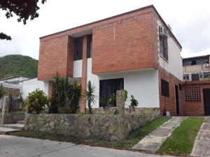 Townhouse En Ventaen Turmero, San Pablo, Venezuela, VE RAH: 19-14287