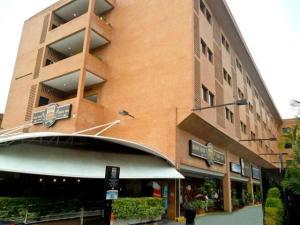 Apartamento En Alquileren Caracas, La Boyera, Venezuela, VE RAH: 19-14082