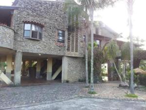 Casa En Ventaen Municipio Guaicaipuro, Parcelamiento Cortada Del Guayabo, Venezuela, VE RAH: 19-14088