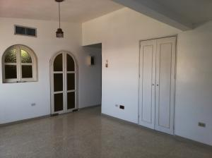 Apartamento En Ventaen Ciudad Ojeda, Cristobal Colon, Venezuela, VE RAH: 19-14234