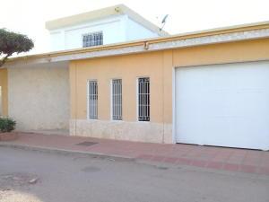 Casa En Ventaen Maracaibo, Ciudadela Faria, Venezuela, VE RAH: 19-14270