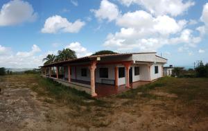 Casa En Ventaen Cumarebo, Centro, Venezuela, VE RAH: 19-14273