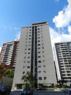 Apartamento En Alquileren Caracas, Santa Fe Norte, Venezuela, VE RAH: 19-14320