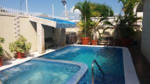 Casa En Ventaen Maracaibo, Los Olivos, Venezuela, VE RAH: 19-14427