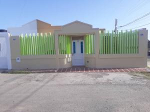 Casa En Ventaen Punto Fijo, Puerta Maraven, Venezuela, VE RAH: 19-14352