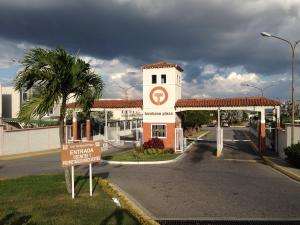Casa En Alquileren Cabudare, Tarabana Plaza, Venezuela, VE RAH: 19-14359