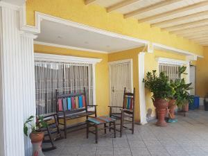 Casa En Ventaen Coro, Sector Bobare, Venezuela, VE RAH: 19-14416