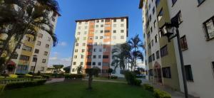 Apartamento En Ventaen Barquisimeto, La Pastorena, Venezuela, VE RAH: 19-14472