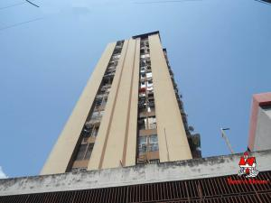 Apartamento En Ventaen Maracay, Zona Centro, Venezuela, VE RAH: 19-14469