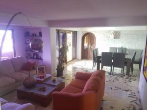 Apartamento En Ventaen Maracaibo, 5 De Julio, Venezuela, VE RAH: 19-14547
