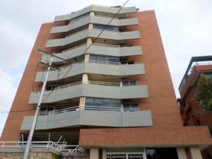 Apartamento En Alquileren Lecheria, Av Bolivar, Venezuela, VE RAH: 19-14549