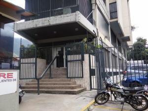 Local Comercial En Ventaen Caracas, Los Dos Caminos, Venezuela, VE RAH: 19-14552