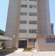 Apartamento En Alquileren Maracaibo, Tierra Negra, Venezuela, VE RAH: 19-14583