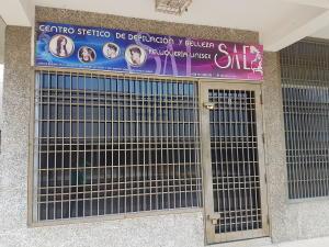 Local Comercial En Alquileren Maracaibo, Avenida Bella Vista, Venezuela, VE RAH: 19-14625