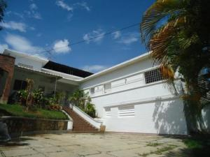 Casa En Ventaen Parroquia Caraballeda, Caribe, Venezuela, VE RAH: 19-14661