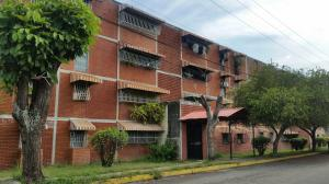 Apartamento En Ventaen Maracay, Fundacion Maracay Ii, Venezuela, VE RAH: 19-14713
