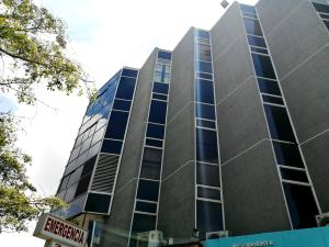 Consultorio Medico  En Alquileren Barquisimeto, Zona Este, Venezuela, VE RAH: 19-14760