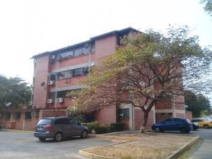 Apartamento En Ventaen Turmero, La Laguna Ii, Venezuela, VE RAH: 19-14777