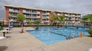 Apartamento En Ventaen Higuerote, La Costanera, Venezuela, VE RAH: 19-14929