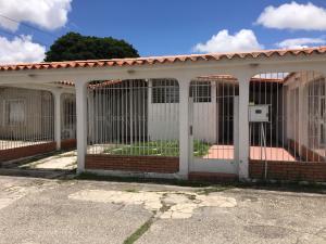 Casa En Alquileren Cabudare, El Recreo, Venezuela, VE RAH: 19-14838