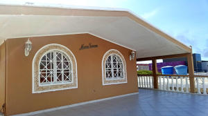 Casa En Ventaen Punto Fijo, Santa Irene, Venezuela, VE RAH: 19-14892