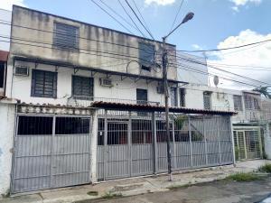Local Comercial En Alquileren Valencia, La Ceiba, Venezuela, VE RAH: 19-14904
