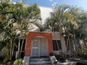 Casa En Ventaen Cabudare, Tarabana Plaza, Venezuela, VE RAH: 19-14931
