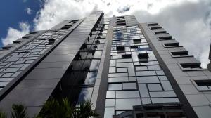 Apartamento En Ventaen Caracas, El Rosal, Venezuela, VE RAH: 19-15000
