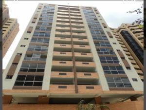 Apartamento En Ventaen Valencia, La Trigaleña, Venezuela, VE RAH: 19-14990