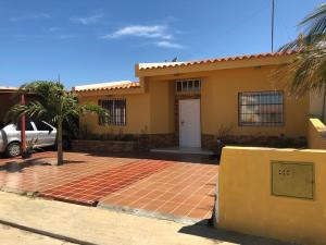 Casa En Ventaen Punto Fijo, Puerta Maraven, Venezuela, VE RAH: 19-14995
