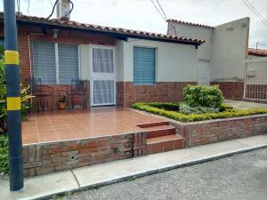 Casa En Ventaen Barquisimeto, Parroquia Santa Rosa, Venezuela, VE RAH: 19-15031