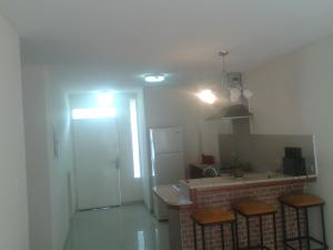 Apartamento En Alquileren Ciudad Ojeda, La 'l', Venezuela, VE RAH: 19-15088